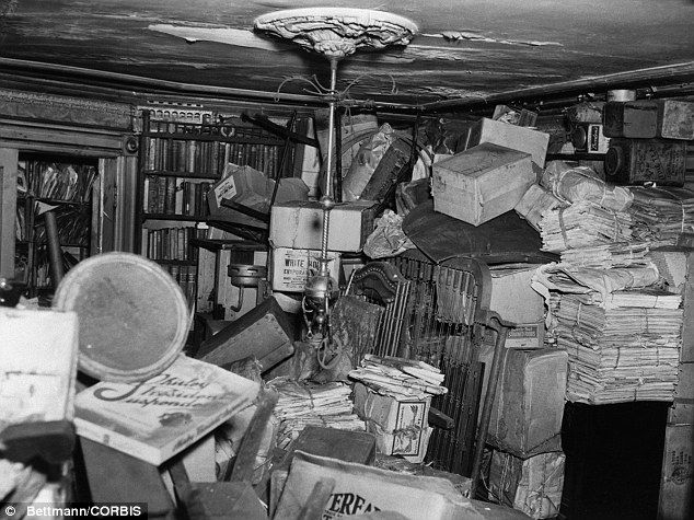 Extreme Hoarding: Homer and Langley Collyer were killed by one of their own junk booby traps but their bodies were hidden by tons of garbage and were not found for weeks.