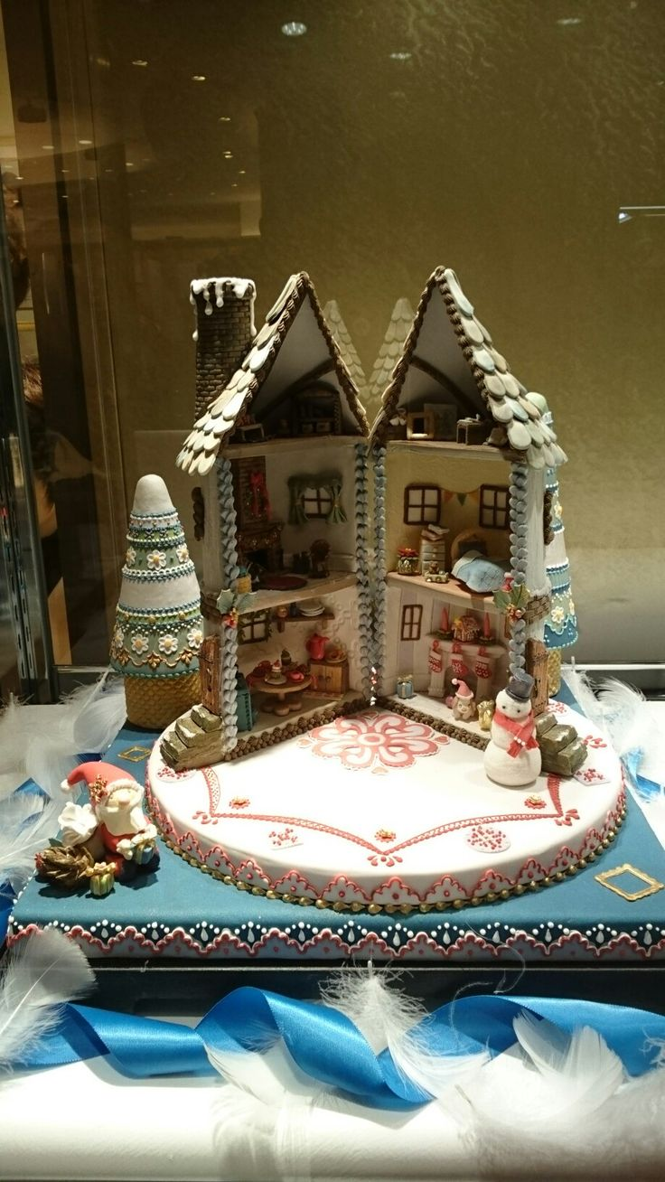 Cake Art Exhibit : 310 best images about Building Cakes on Pinterest ...