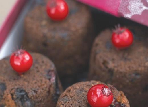 Mini Brandy Christmas Puddings Recipe : Cook Vegetarian Magazine