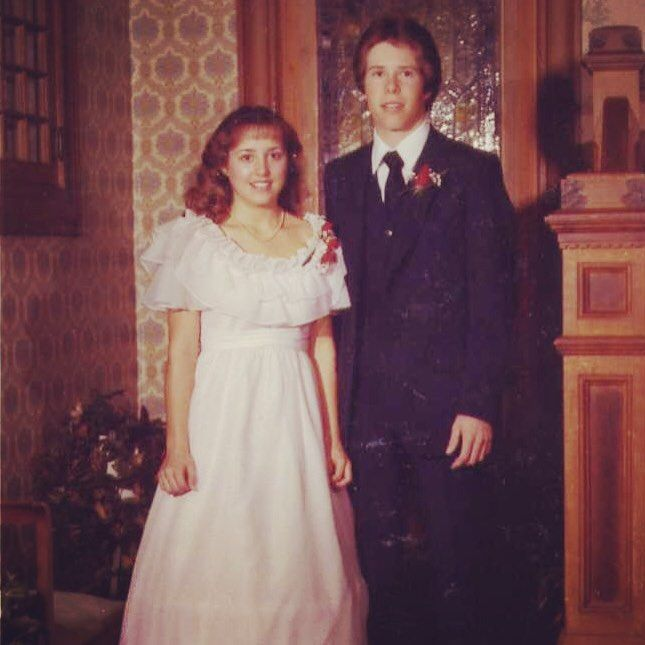 How Michelle Duggar Went From Wearing Bikinis to Banning Pants in Her Home
