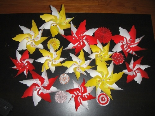 diy pinwheel mobile   Diy pinwheel, Pinwheels, Diy