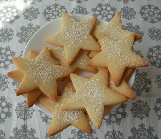 Un panda dans la cuisine: Petits biscuits de Noël n°11 : Sablés de Noël aux amandes de Christophe Felder