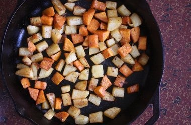 Skillet Home Fries with Herbs de Provence — Punchfork