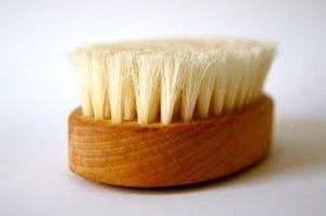 Droog borstelen huid