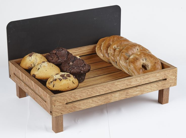 Confectionery Tray On Little Legs With Back Blackboard For Goods Description, Price Etc. - RSA CODE: OC25VA (Cedar Wood)