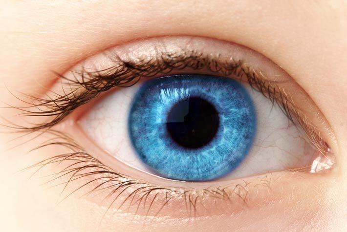 Ringiovanire gli occhi con rimedi naturali