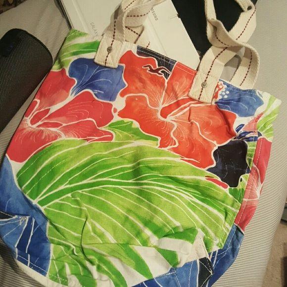 Hollister tote bag Hawaiian floral Hollister tote bag Bags Totes