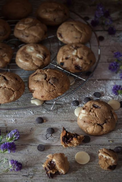 La asaltante de dulces: Receta de galletas doble chips/ Duble chocolate chips cookies recipe