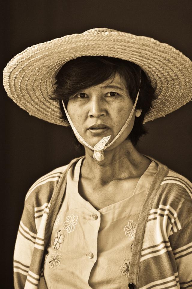 Woman in Pyin U-Produce Market-Mandelay