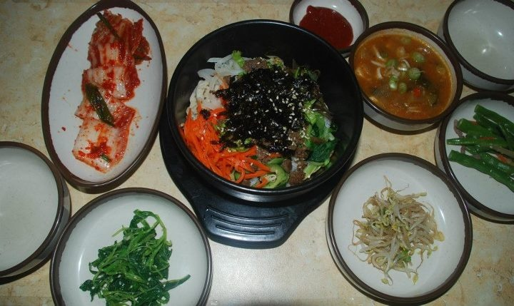 Kimchi Soup With Tofu And Spinach Recipe — Dishmaps