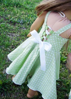 free pattern from PACountryCrafts: Twirly Lace Doll Dress Pattern