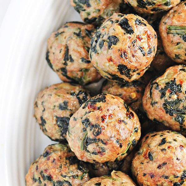 Baked Turkey Meatballs with Spinach Recipe via @HomeCookMemory