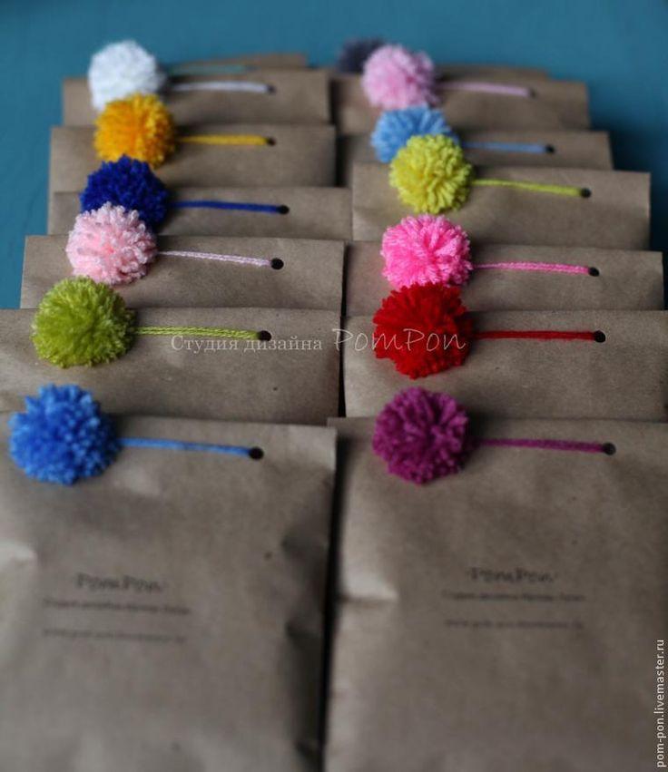 Делаем легкую и веселую упаковку с помпоном - Ярмарка Мастеров - ручная работа, handmade