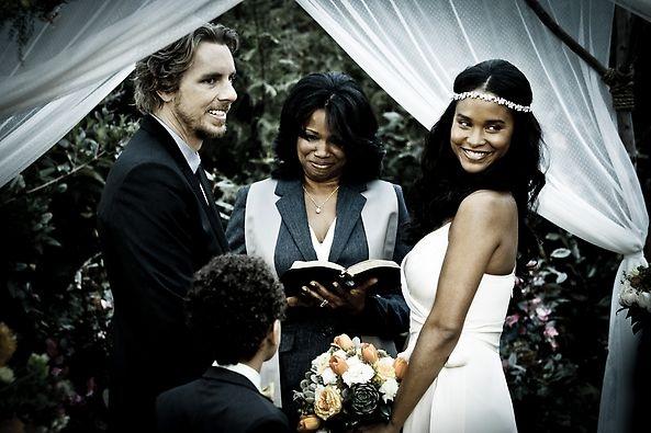 The Most Heartwarming Weddings Ever Seen on TV 7395568edfd8c4e92f5d2443a769cb69 parenthood tv show wedding albums jpg