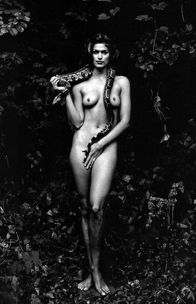 Cindy Crawford by Annie Leibowitz