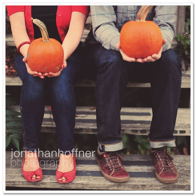 October Engagement Pictures!