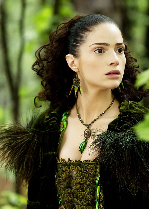 Janet Montgomery in 'Salem' (2014). x Taurus Moon -Hair&Makeup Idea for Costume