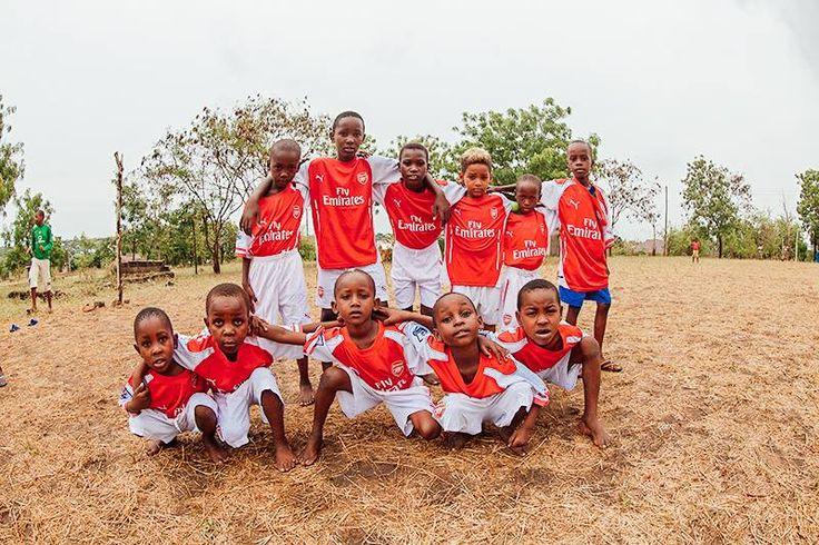 Community sport volunteering i Tanzania. http://www.artintanzania.org/en/internships-in-tanzania-africa/types-of-projects/sports-coaching-volunteer-tanzania-africa?utm_content=buffer2294e&utm_medium=social&utm_source=pinterest.com&utm_campaign=buffer
