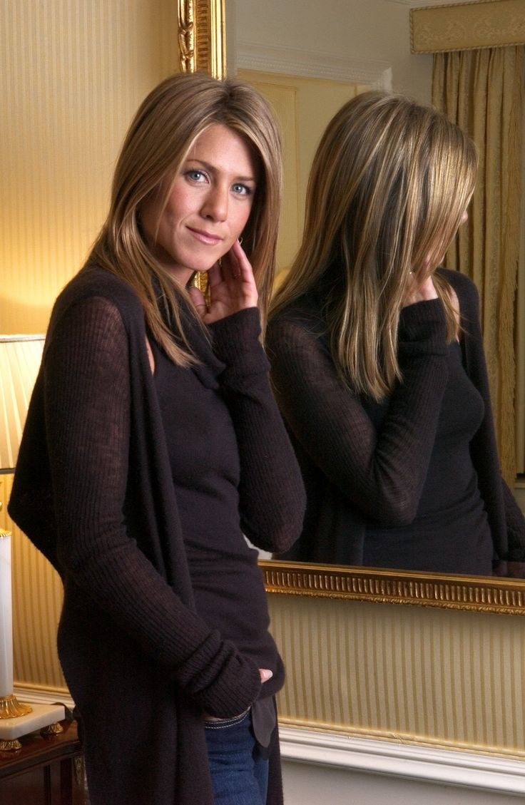 Beautiful picture of Jennifer Aniston's hair!