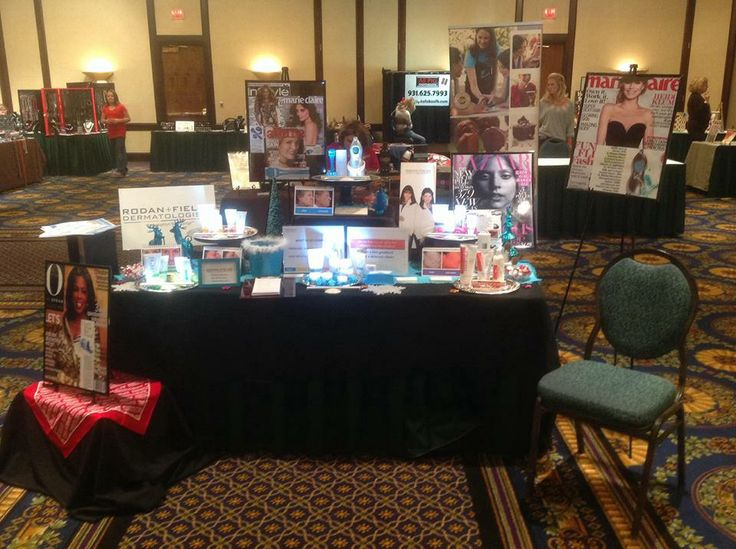 great table top display by fern ellen schochet brazda at her marriott event love all