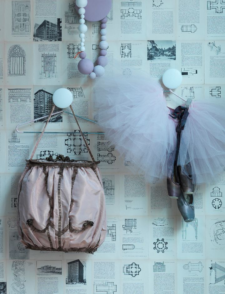 Ideas for the Bedroom in Pastel Colors ♥ Идеи за спалнята в пастелни цветове   79 Ideas: Wall Hooks, Old Book, Teens Rooms, Idea, Girls Bedrooms, House Bedrooms, Book Pages, Pastel Color, Hooks Pastel