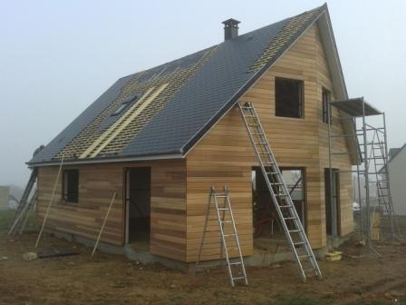 Travaux de couverture sur maison en ossature bois