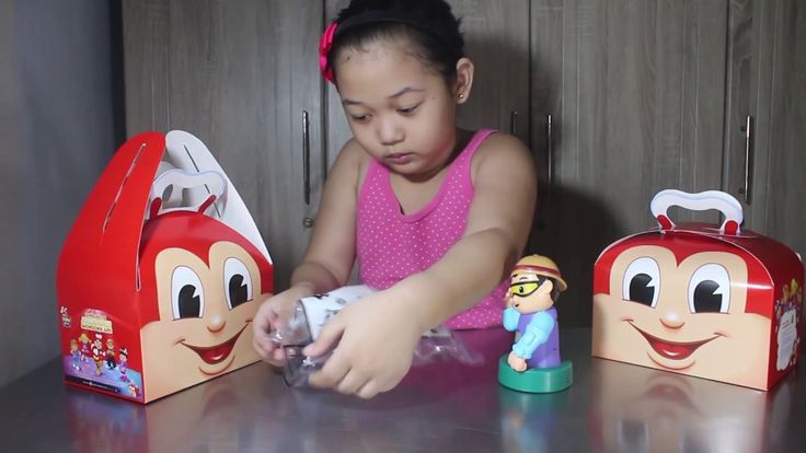 JOLLY COIN BANK  - Jolly Kiddie Meal - Jollitown Friends - Hershey's Toy...
