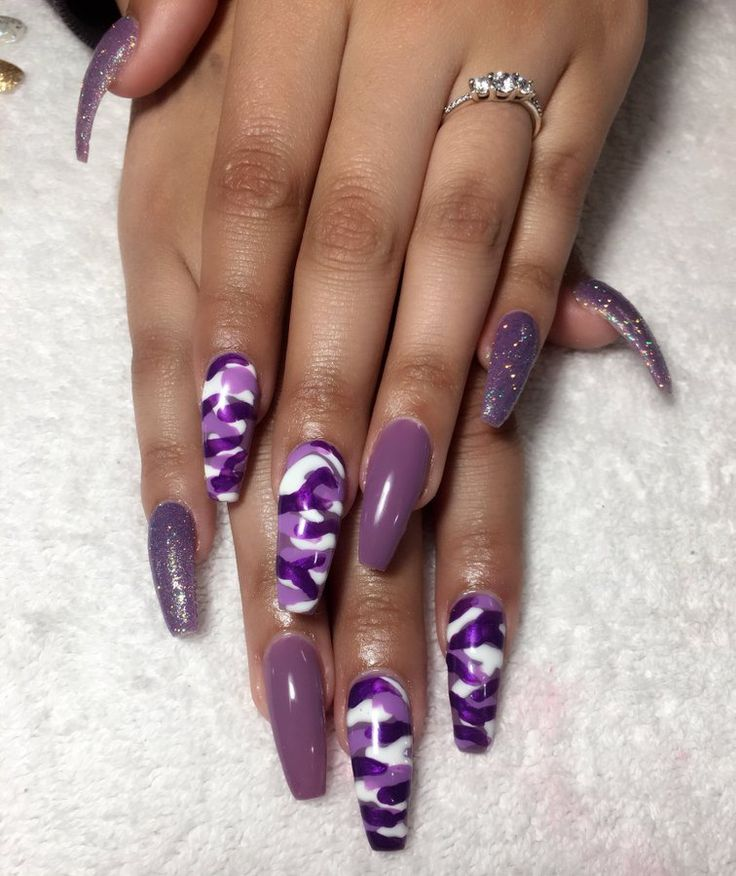 Check out Simone Love❤️ ❤️   – Nails