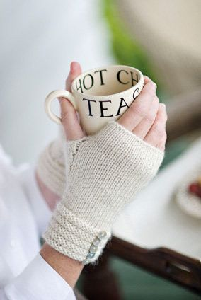 Churchmouse Yarns & Teas - Welted Fingerless Gloves Pattern