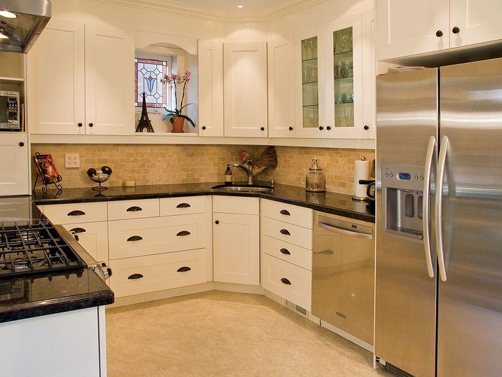aya kitchens canadian kitchen and bath cabinetry manufacturer kitchen design professionals newport mushroom
