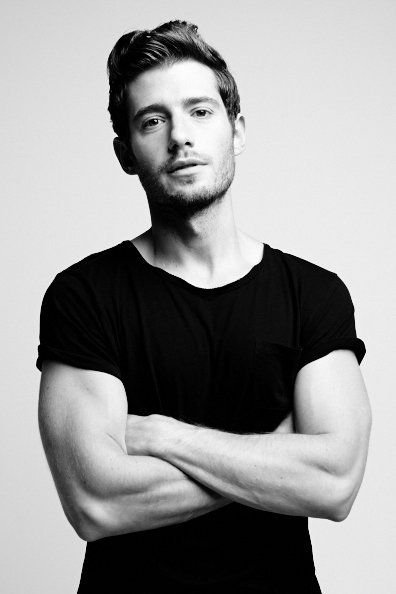 Julian David Morris (born 13 January 1983) is an English actor best known for his roles in Kelly + Victor, Hand of God, Once Upon a Time and Pretty Little Liars.