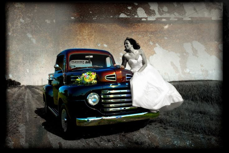 winnipeg wedding photographers bride dress antique auto