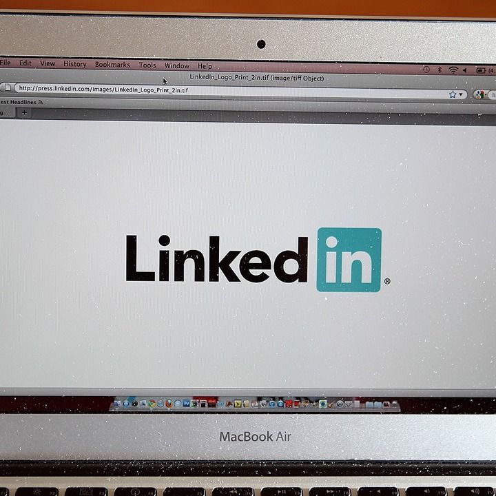 Perfect What Every College Student Should Post On LinkedIn. Social NetworksSocial  ...