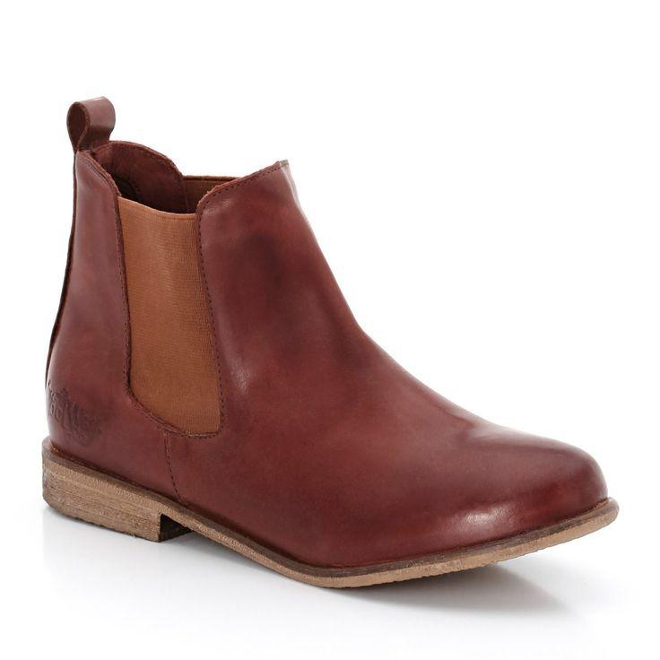 Boots Coolway et sa version basique marron > http://www.laredoute.fr/vente-boots-en-cuir-elastiquees-lelva.aspx?productid=324449418 #chaussures #boots #mode #femme #coolway