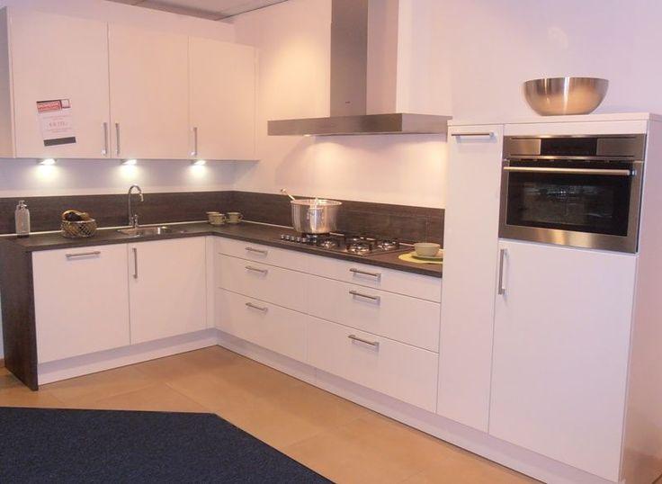 Witte Hoogglans Keuken Bruynzeel : Witte Hoogglans Keuken op Pinterest – Keukens, Witte Keukens en Keuken