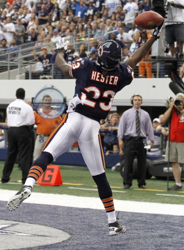 NFL Great | Devin Hester's great 1-handed TD catch was a key play in the Bears' 27 ...