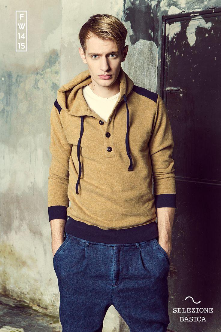Felpa Hood Bi Col - T-shirt girocollo - Pantalone denim  www.facebook.com/selezionebasica www.selezionebasica.it