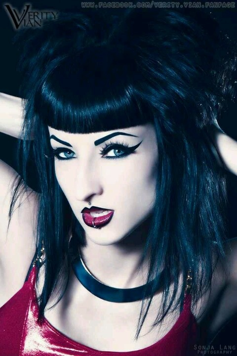 Gothic Wedding Makeup : 29 best images about Gothic makeup on Pinterest Gothic ...