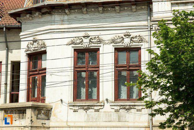 "Biblioteca ""Petre Pandrea"" (sec. XIX), strada Bălcescu Nicolae 9, Balș"