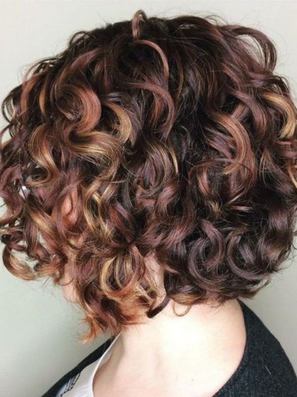 60 Charming Curly Hairstyles For All Hair Lengths 2021 Bob Haircut Curly Curly Hair Photos Short Wavy Hair