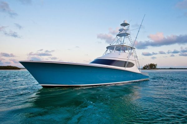 Hatteras Yachts-Willis Slane dreamed about a boat he could use to fish the rough conditions around Hatteras, North Carolina. He heard about a new material called fiberglass and contacted a young West Palm Beach, Florida, naval architect named Jack Hargrave. Together, they designed a 41-foot trunk cabin sport-fisherman with a 14-foot beam, powered by a pair of 275 hp Lincoln V-8s. On March 22, 1960, the first Hatteras Yacht, Knit Wits, was christened.