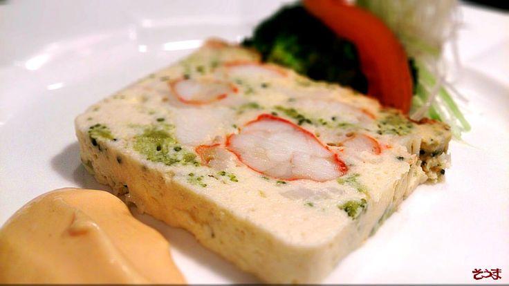 12月はやっぱり5・6人から10人位のグループでお見えのお客さんが多いので 前菜は魚介類のマリネじゃなくてタラバガ二がたっぷり入ったテリーヌをお出ししてます(^-^) ★銘柄に拘らず 美味しいお肉を!★ 葉山のステーキレストラン そうま http://www.steak-souma.jp/