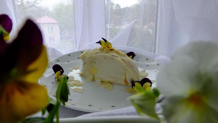 Wielkanocna Pascha z nerkowców lub kaszy jaglanej » Zdrowe i surowe przepisy