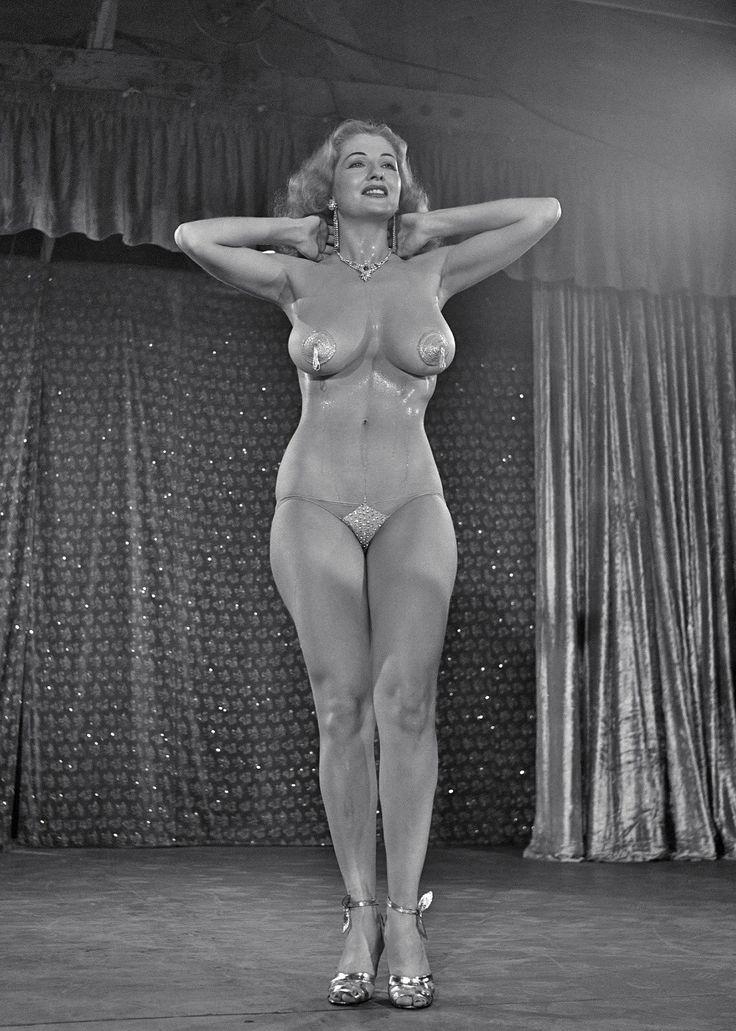 Burlesque stripper 1950s