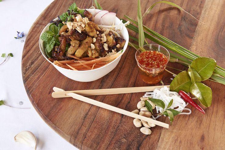 Viet Q Foods - Lemongrass chilli chicken with vermicelli
