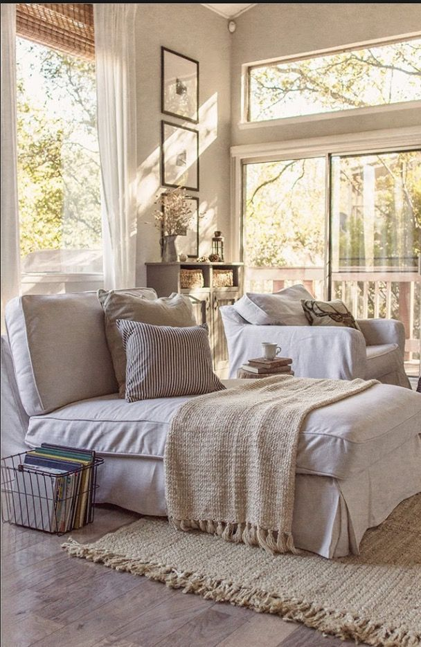 I love the shades of white and tan in this cottage room https://noahxnw.tumblr.com/post/160992256041/looks-so-delicious