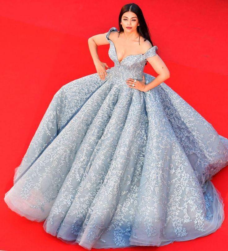 Cannes 2017: Aishwarya Rai looks straight out a fairy tale in this blue ballroom gown - NewsDog