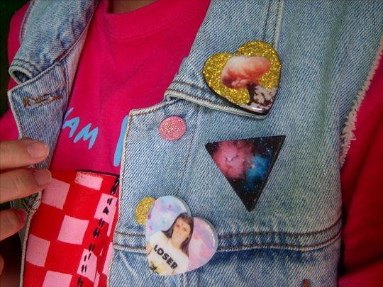 DIY decoupage pins  http://rookiemag.com/2012/10/diy-decoupage-badges/