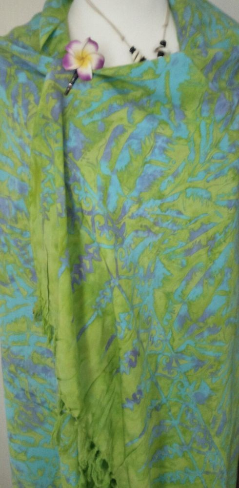BATIK Sarong/ Wrap, Beach cover up/ Green and Blue Exc.Quality