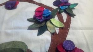 Quilt block in progress, Jacobean Applique.  Quilt maker - Linda McDaniel.  Featured in Rich Fabric